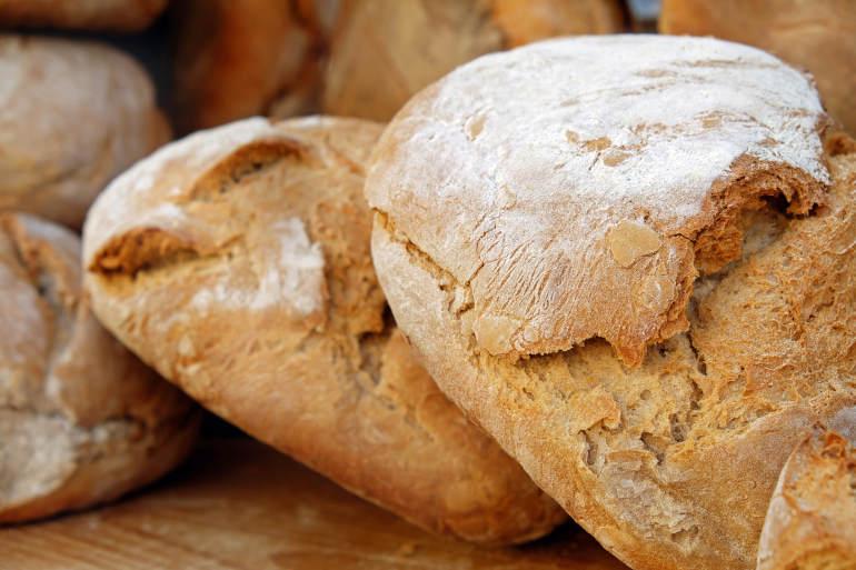 Palvelu tuore leipä