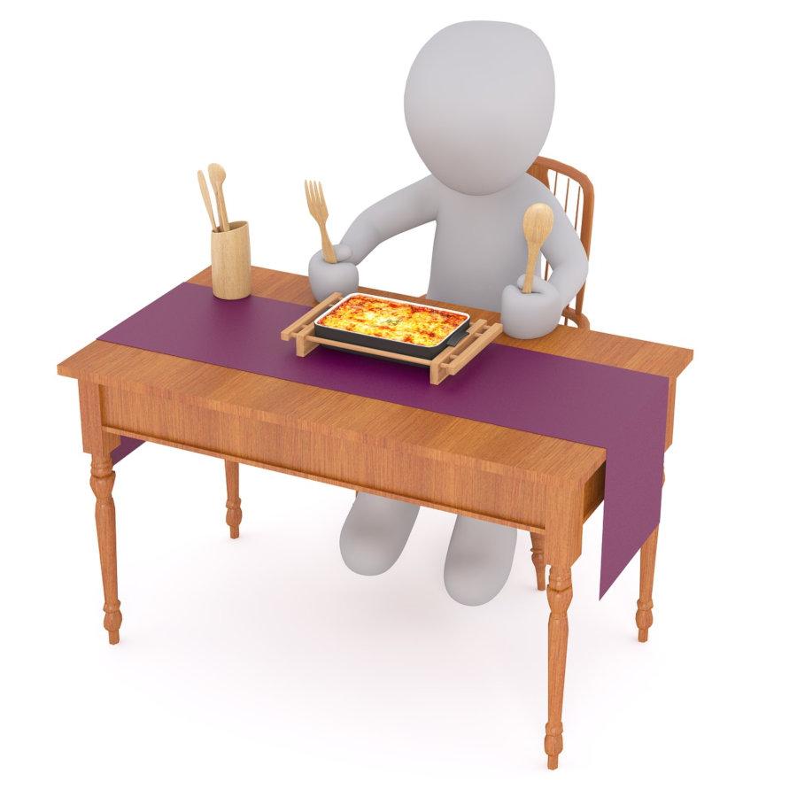 Yksin pöydässä